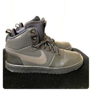 Nike Court Borough MidWinter Basketball Sneaker 10